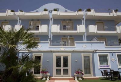 Annunci Cogefim hotel in vendita a Marina di Pulsano