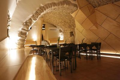 Annunci Cogefim lounge bar ristorante in vendita in provincia di Benevento