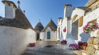 Annunci Cogefim hotel in vendita a Alberobello