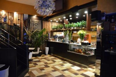 Annunci Cogefim lounge bar in vendita in provincia di Milano