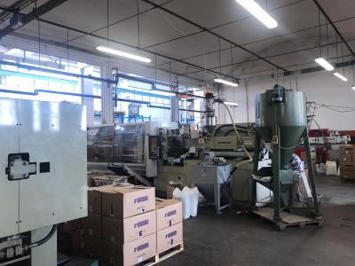 Annunci Cogefim azienda stampaggio materie plastiche on immobile in vendita in provincia di Varese