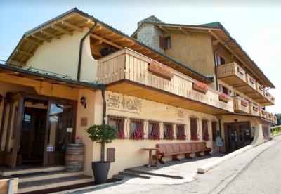 Annunci Cogefim hotel in vendita a Asiago