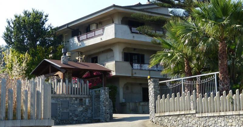Annunci Cogefim struttura in vendita a Capovaticano