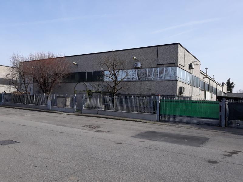 Annunci Cogefim capannone in vendita a Rodano
