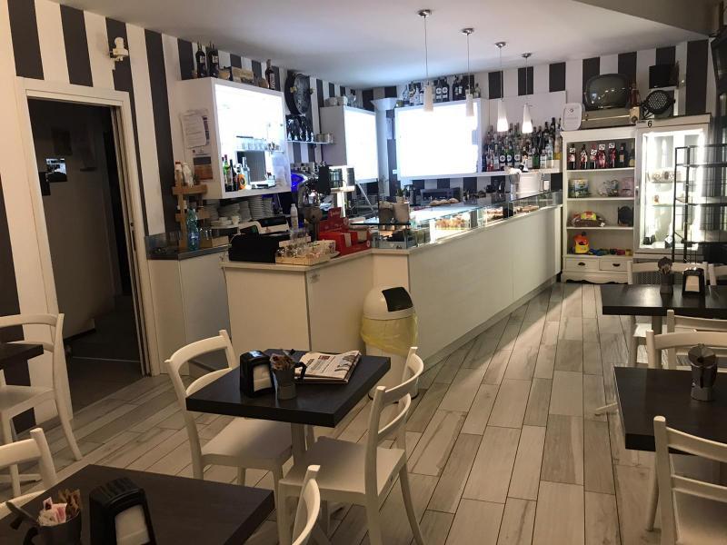Annunci Cogefim bar in vendita zona Appiano Gentile provincia di Como